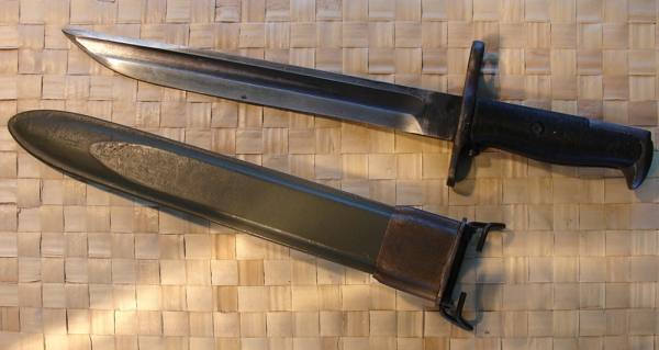American Fork & Hoe produced cut-down spear-point Springfield  Armory M1907 bayonet
