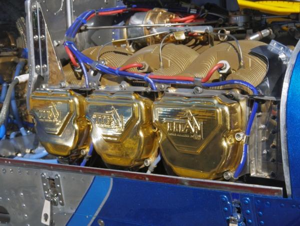 IMGP1741_engine1000